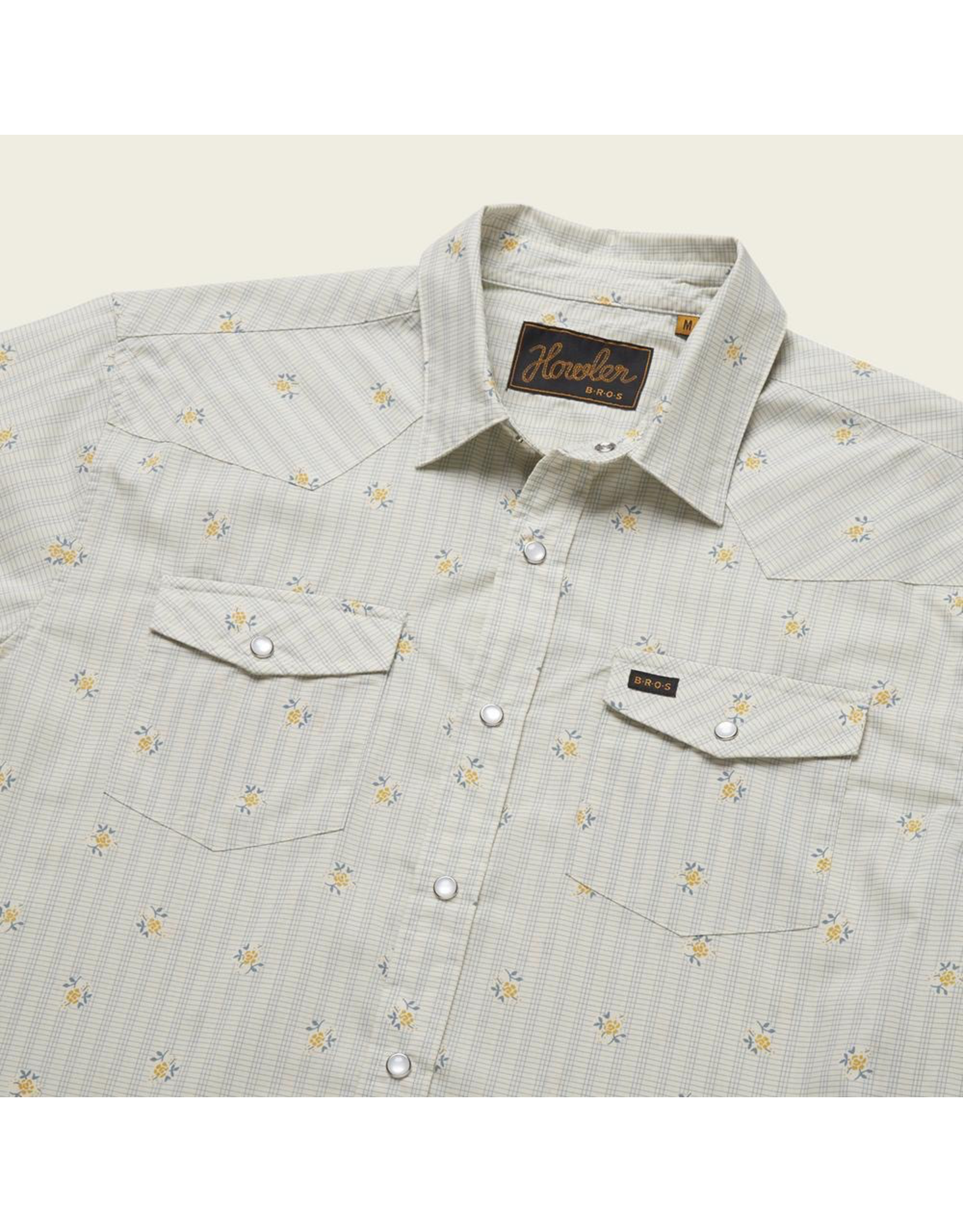 This high performance western snapshirt is standard fare