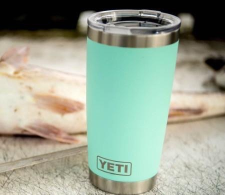 Yeti Tumbler 20 OZ Sea Foam