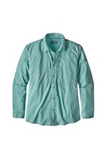 Patagonia's most technical long-sleeved button-up fishing shirt, designed specifically for hot-weather situations and built from an ultralight blended stretch fabric with 30-UPF sun protection.