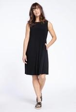 Sleeveless Trapeze Dress Short