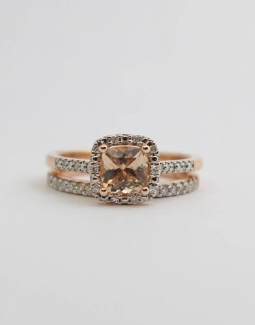 American Jewelry 14kr .68ctw-Dia Morganite & Diamond Halo Wedding Set