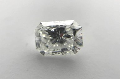 0.90ct E/VVS1 Radiant Cut Diamond (IGL)