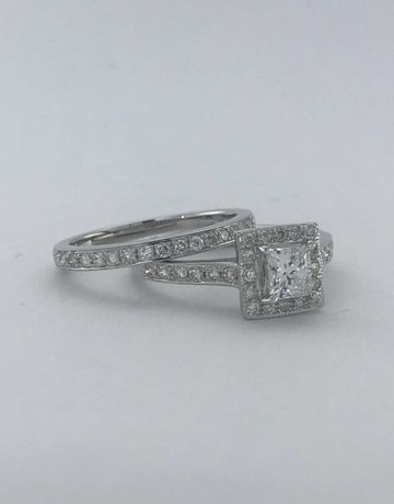 American Jewelry 14k White Gold .50ct E/VS2 1.50ctw Princess Cut Center Halo Engagement Ring