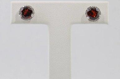 14kw .08ctw-Dia Garnet & Diamond Halo Stud Earrings