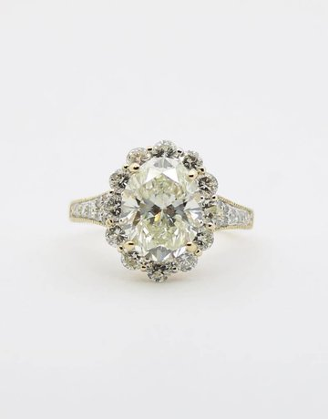 American Jewelry 14k Yellow Gold 4.03ct-Ctr J/VS2 GIA 1.74ctw-Mntg Oval & Round Brilliant Diamond Halo Engagement Ring