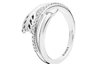 PANDORA Ring, Sparkling Arrow, Clear CZ - Size 58