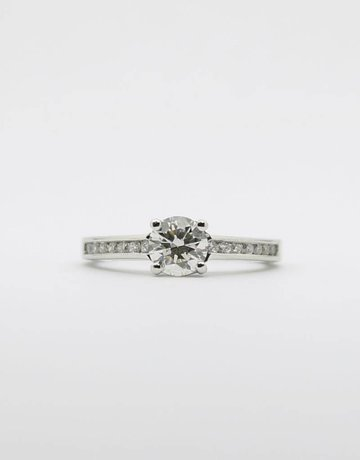 American Jewelry 14k White Gold 1/2ct-Ctr (I/SI2) .65ctw Round Brilliant Diamond Cathedral Engagement Ring (Size 4.5)