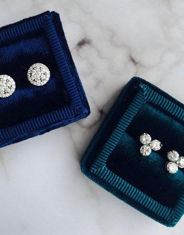 American Jewelry 14k White Gold .98ctw Diamond Large Trio Stud Earrings