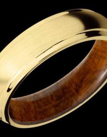 Lashbrook Lashbrook 6.5mm 14k Yellow Gold with 0.03ctw Diamonds & Desert Iron Wood Sleeve Men's Wedding Band (Size 10)