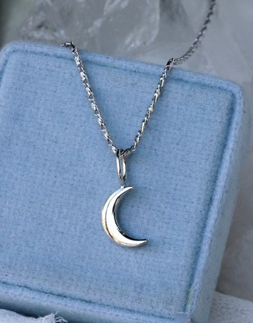 American Jewelry 14k White Gold Crescent Moon Pendant  Charm (Pendant Only)