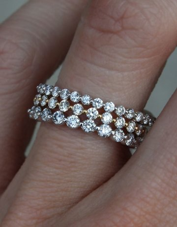 American Jewelry 14k White Gold .40ctw Single Prong Stackable Wedding Band (Size 6)
