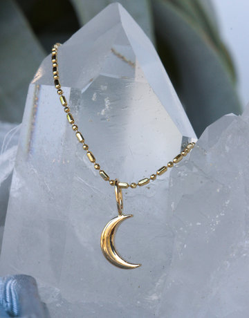 American Jewelry 14k Yellow Gold Crescent Moon Pendant Charm (Pendant Only)