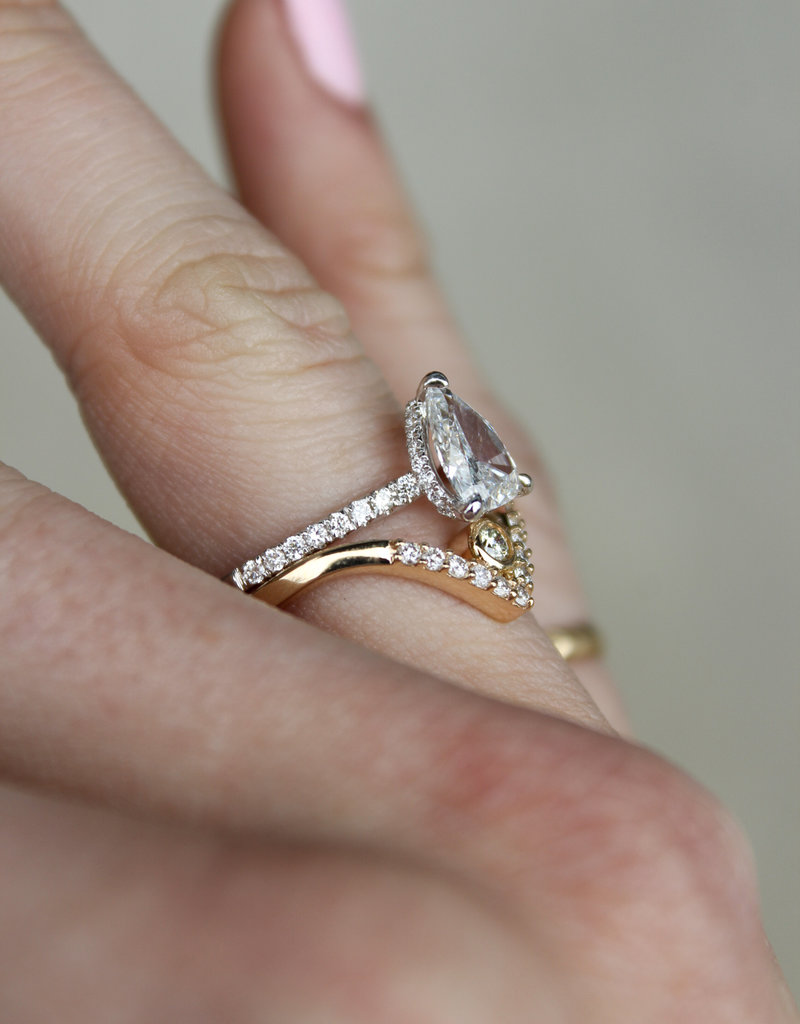 American Jewelry 18k White Gold 1.36ctw  (1.01ct E/SI3 Pear) Diamond Invisible Gallery Engagement Ring (Size 6)