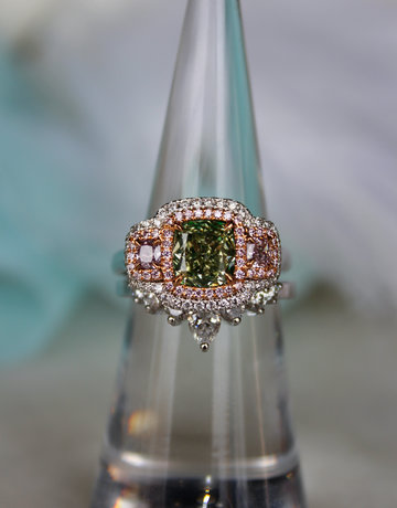 American Jewelry 18k White Gold 2.28ctw (1.62ct Fancy Green/VS2 Diamond | .66ctw Fancy Pink | .35ctw Round Brilliant) Diamond Halo Engagement Ring