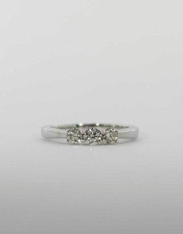 American Jewelry 14k White Gold 1/2ctw Round Brilliant Diamond Past, Present & Future Engagement Ring (Size 7)