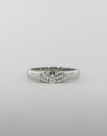 American Jewelry 14k White Gold .47ctw Round Brilliant Diamond Past, Present & Future Engagement / Anniversary Ring (Size 6.5)