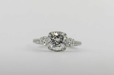 PLAT .68CTW CZ-CTR TACORI DANTELA SEMI MOUNT ENGAGEMENT RING WITH ROUND BRILLIANTS & CUBIC ZIRCONIA