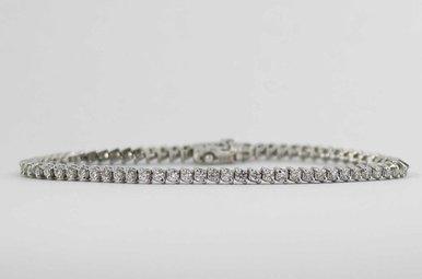 18KW 2CTW LADIES BRACELET WITH ROUND BRILLIANT DIAMONDS
