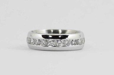 PLAT 1-1/2CTW LADIES ETERNITY CHANNEL WEDDING BAND WITH ROUND BRILLIANT DIAMONDS SIZE 6