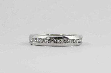PLAT 1CTW LADIES CHANNEL WEDDING BAND WITH ROUND BRILLIANT DIAMONDS
