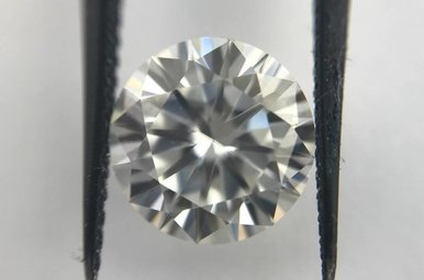 8mm (2ct) Round Hearts & Arrows (E-F/VVS) Moissanite