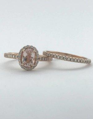 American Jewelry 14k Rose Gold 1.10ctw Diamond Halo Morganite Engagement Ring Set (Size 6)