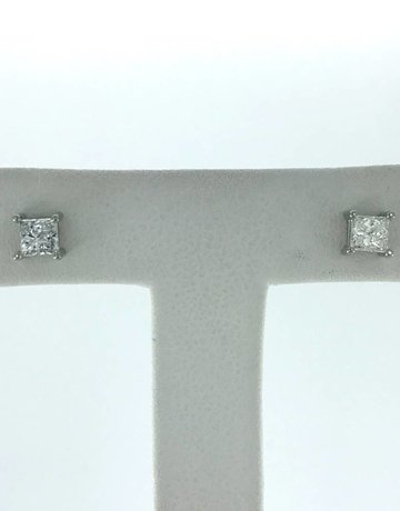 14k White Gold .53ctw Diamond Princess Cut Stud Earrings