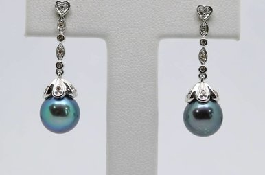 14kw Black Freshwater Pearl & Diamond Dangle Earrings