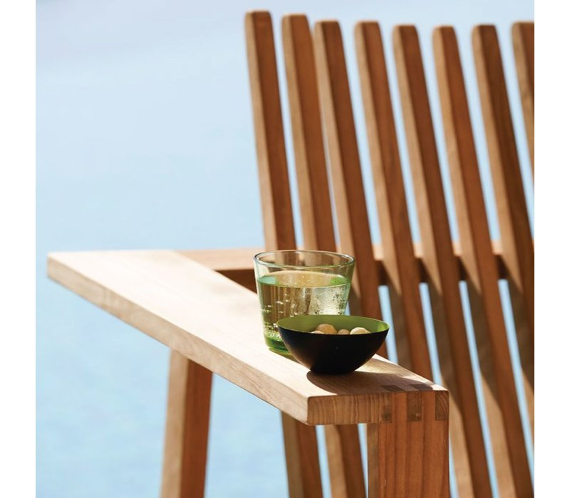 AMAZE LOUNGE CHAIR IN TEAK