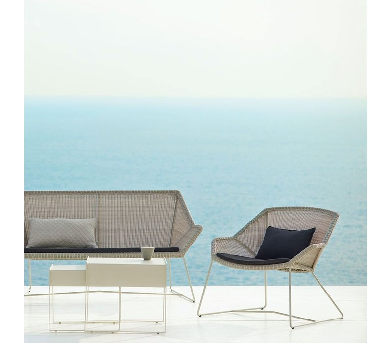 BREEZE LOUNGE CHAIR IN WHITE GREY CANE-LINE FIBRE