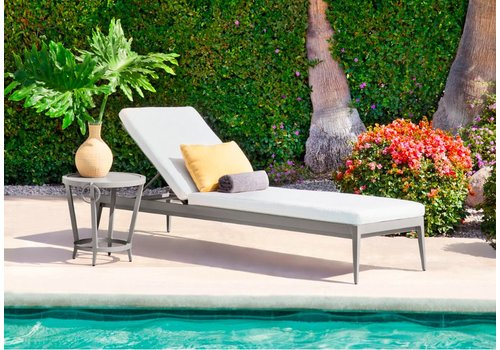 BROWN JORDAN LUNA ADJUSTABLE CHAISE WITH CUSHION IN GRADE A FABRIC