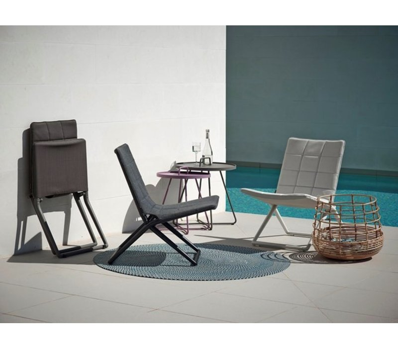 TRAVELLER FOLDING LOUNGE CHAIR IN BROWN CANE-LINE SOFTTOUCH