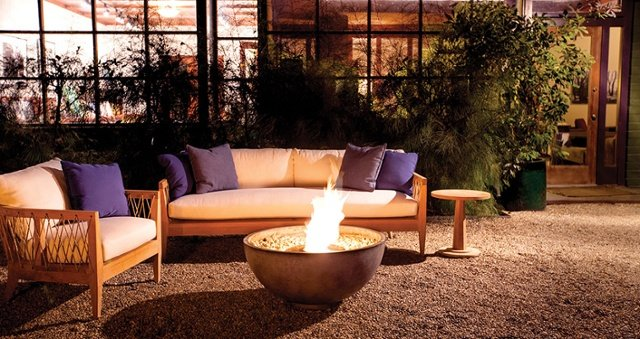 How to Transition Your Outdoor Space for Fall