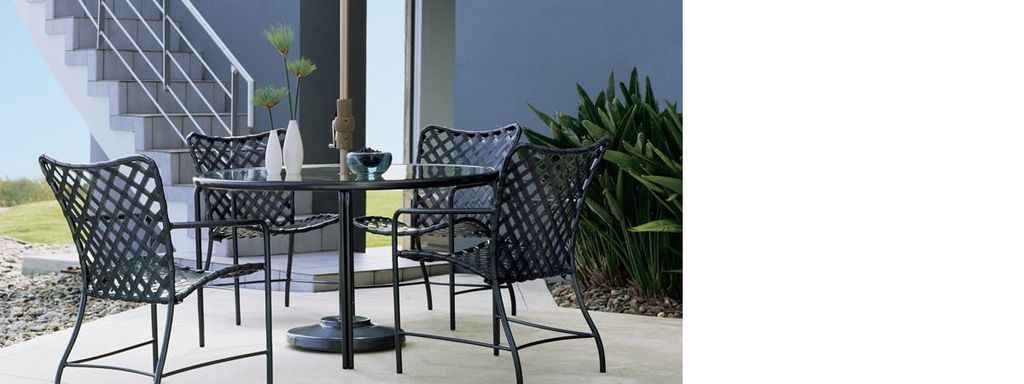 Brown Jordan Tamiami Arm Chair With Vinyl Lace Kolo Collection