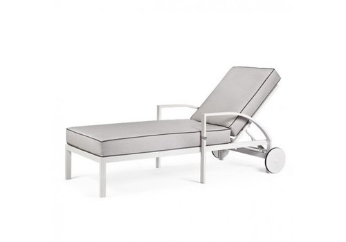 PAVILION AVANT CHAISE LOUNGE WITH WHEELS, GRADE B FABRIC, STANDARD POWDER COATED ALUMINUM FRAME