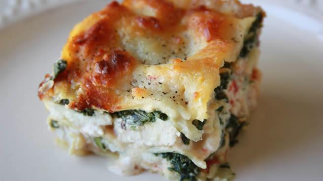 Chicken Spinach White Lasagna Serves 8)