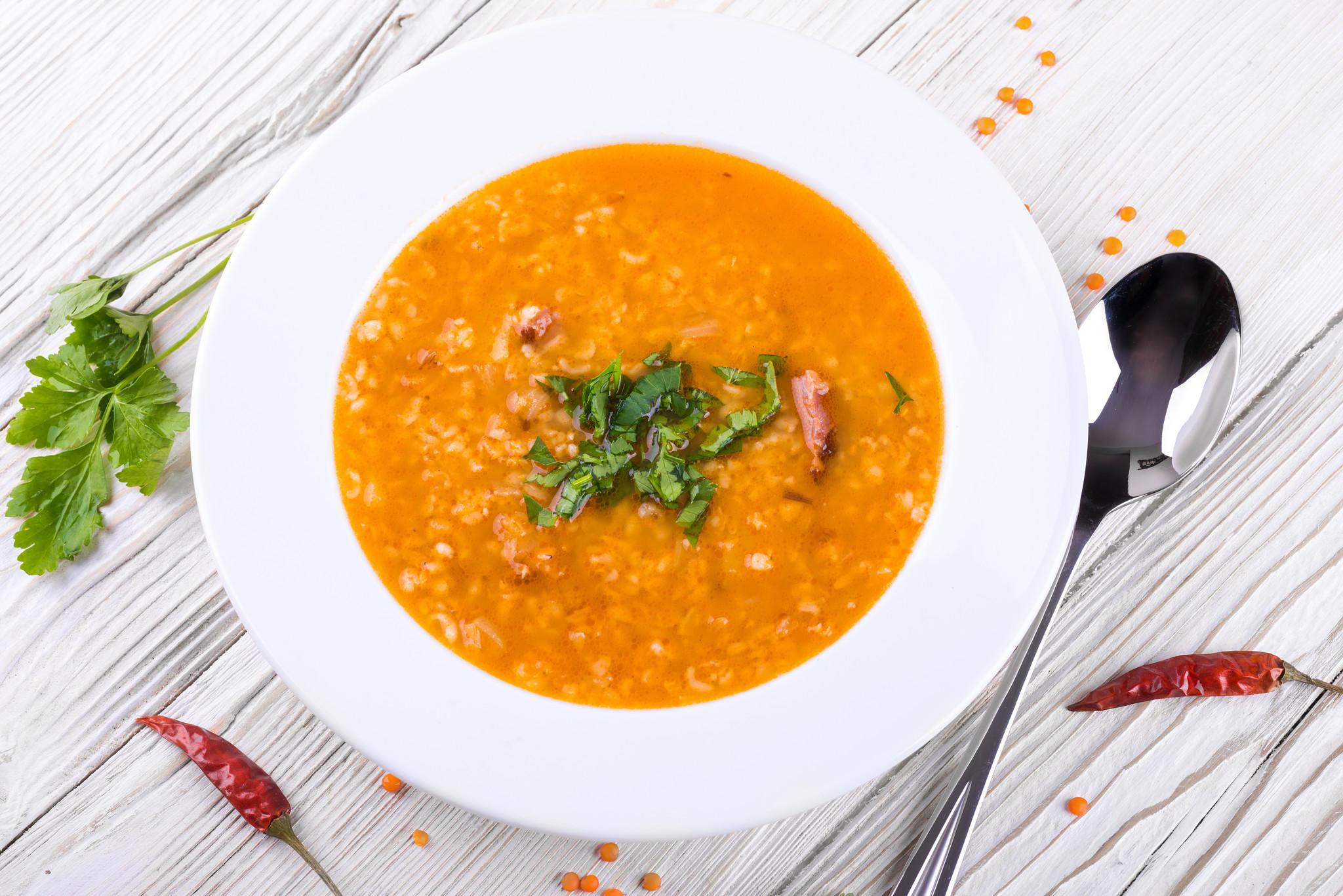Lentil Tomato Soup (Serves 4)