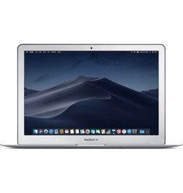 Apple 13-inch MacBook Air: 2.2GHz dual-core i7 Intel Core i5, 8GB, 256GB SSD