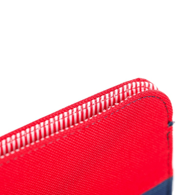 Herschel Supply Herschel Supply Cyprus Sleeve for iPad 2/3/4 - Navy/Red