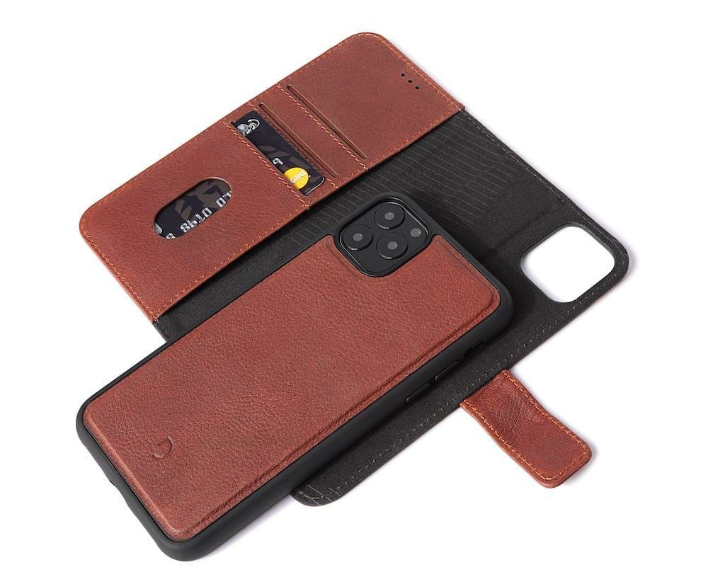Decoded 2-in-1 Wallet Case for iPhone 11 Pro Max - Brown