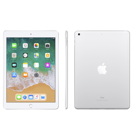 Apple Apple iPad Wi-Fi 128GB - Silver (2018, Open Box)