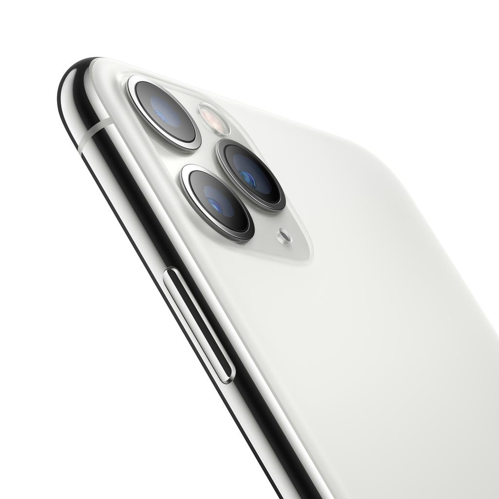 Apple iPhone 11 Pro 256GB Silver (Open Box) (includes EarPods and charger)