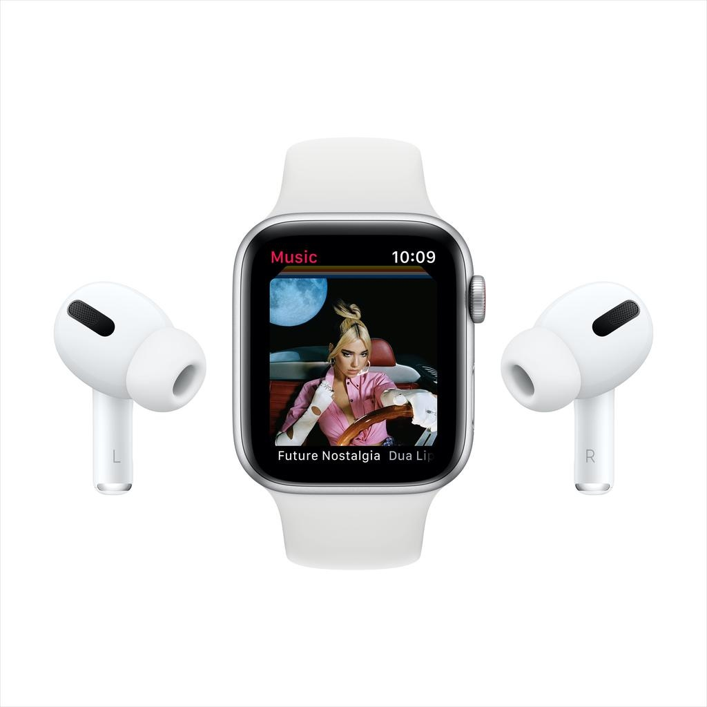 Apple SE GPS + Cellular, 44mm Silver Aluminium Case with White Sport Band