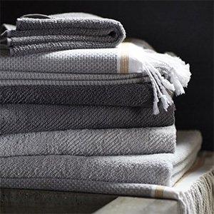 Bath Towels & Linens