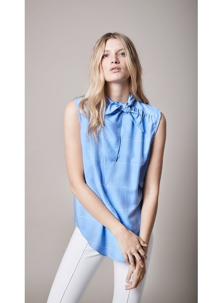 SMYTHE SLEEVELESS BANDANA NECK SHIRT