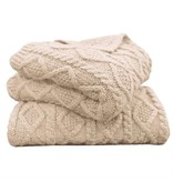 HIEND Cable Knit Throw - Red or Cream