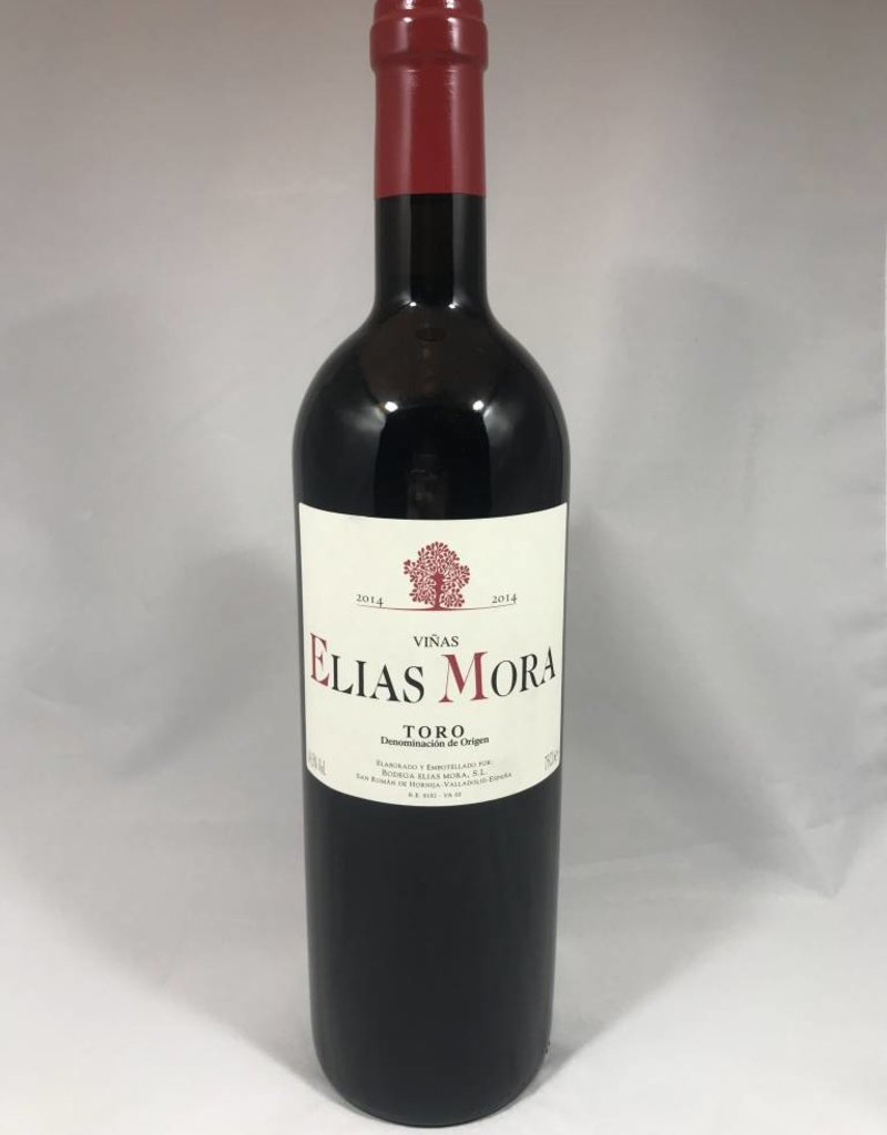 Vinas Elias Mora Toro