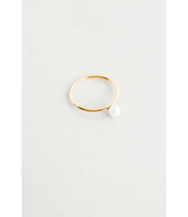 Lovoda Single Pearl Ring Gold 6.5