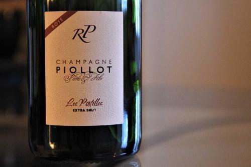 Sparkling Piollot Champagne Rose Les Protelles