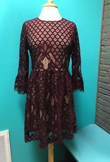 Dress Burg Bell Sleeve Lace Dress